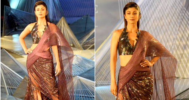 Shilpa Shetty Looks Like A Greek Goddess In India Couture Week 2018