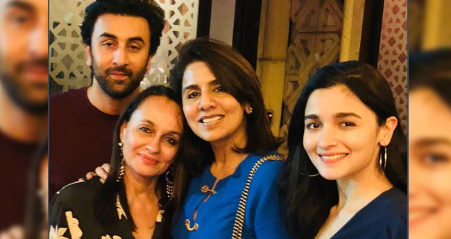 Neetu and Soni discuss about wedding dates on Ranbir's Birthday dinner