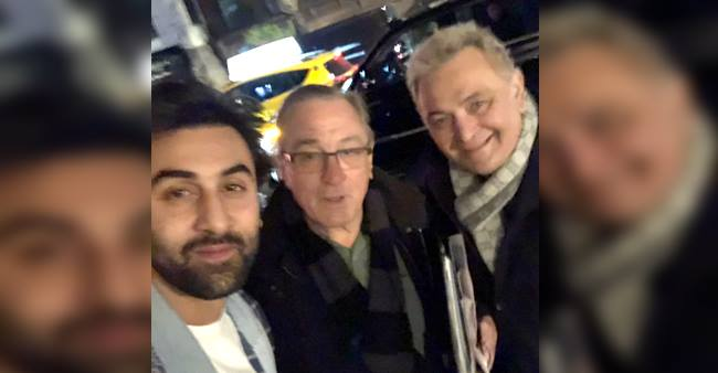 Rishi Kapoor has a wow moment with Robert De Niro, shares a picture on Twitter