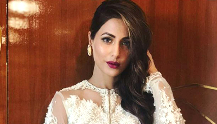 Hina Khan's Look From Kasautii Zindagi Kay 2 Won't Be Unveiled At Star Parivaar Awards