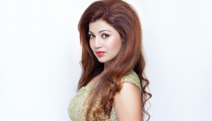 Debina Bonnerjee Is All Set For Her Come Back On Television With Laal Ishq