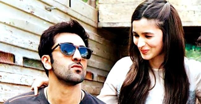Alia and Ranbir soon to Ring Wedding bells after Rishi kapoor's convalescent as hearsay.