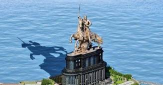 Supreme Court Orders to Stop the construction of Chhatrapati Shivaji Memorial immediately