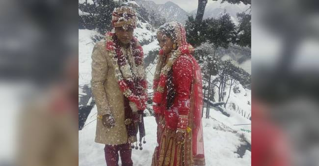 Groom Walks Over 6KMs In Heavy Snowfall For His Marriage, Tweeps Calls It A Natural Destination Wedding