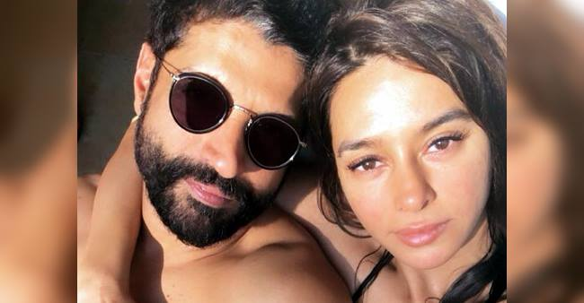 Farhan and Shibani's are romancing in Europe and their PDA is making us go aww