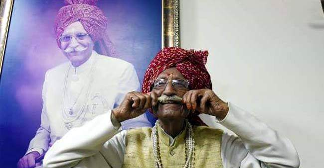 Class Five Dropout, Highest Earning CEO in the FMCG, 95 YO Spice King got the Padma Bhushan