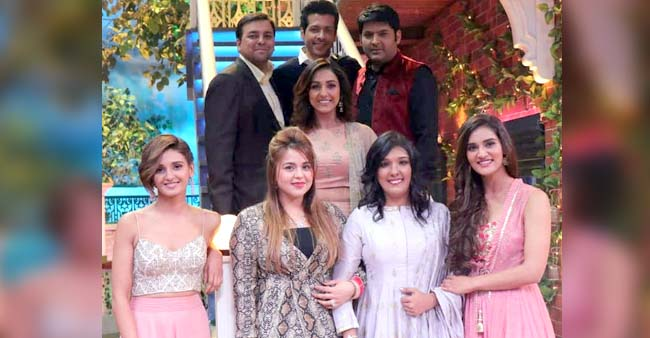 Kapil Sharma's wifey Ginni Chatrath poses with Shakti, Neeti and Mukti Mohan on the sets of TKSS