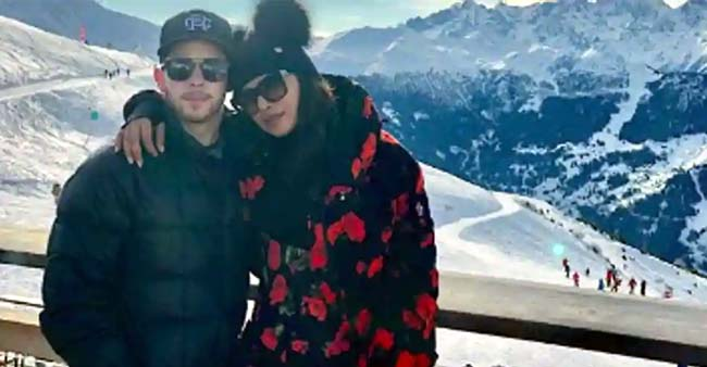 This is how Priyanka Chopra and Nick Jonas' Winter Wonderland Vacation looked like