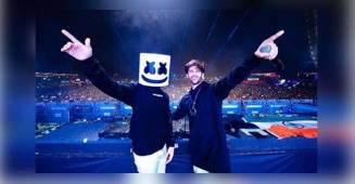 Kartik Aaryan Joined DJ Marshmello at A Concert in Pune, Both Connected Over Song, Coca Cola