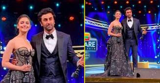 "Alia Bhatt receives Filmfare for Best Actor (Female) and she has someone ""Special"" to thank."
