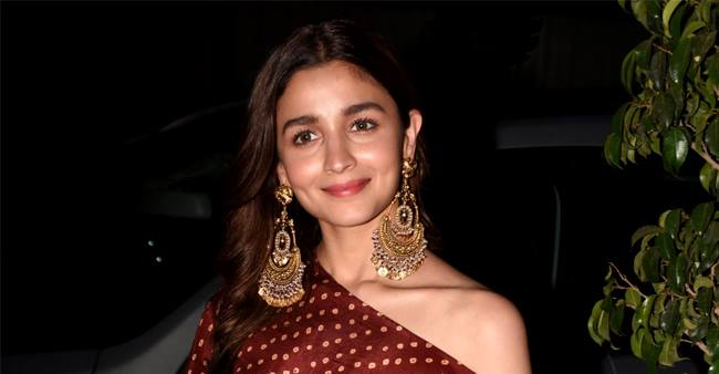 Alia Bhatt speaks about working with one of her bucket lists director SS Rajamouli