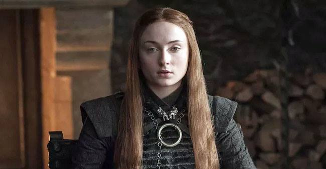 Sophie Turner gets paid less than Kit Harrington, Here is the reason why.