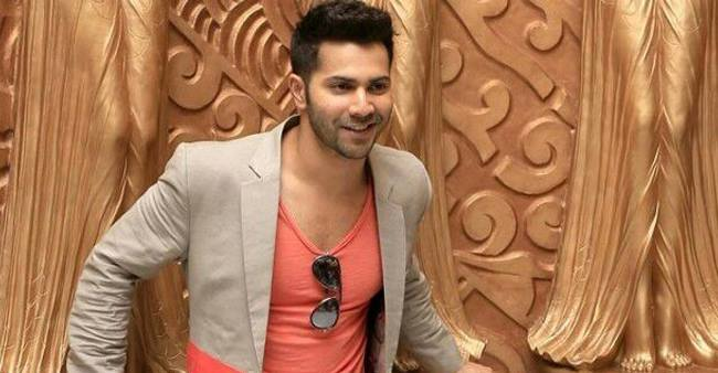 Varun Dhawan is all set to celebrate his birthday with his school friends in Thailand
