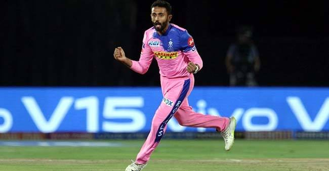 Twitter Loses Its Calm as Shreyas Gopal Becomes First Bowler to Take a Hattrick in IPL 2019