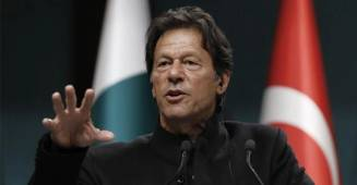 World Cup 2019: Pakistan PM Imran Khan had advised Pak Captain to Bat first, he did just the opposite