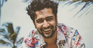 Vicky Kaushal wins the hearts all over the internet with his adorable reply to a fan