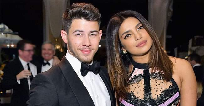 Watch: Priyanka Chopra and Nick Jonas Sing Their Song 'Sucker' on a Karaoke Date Night