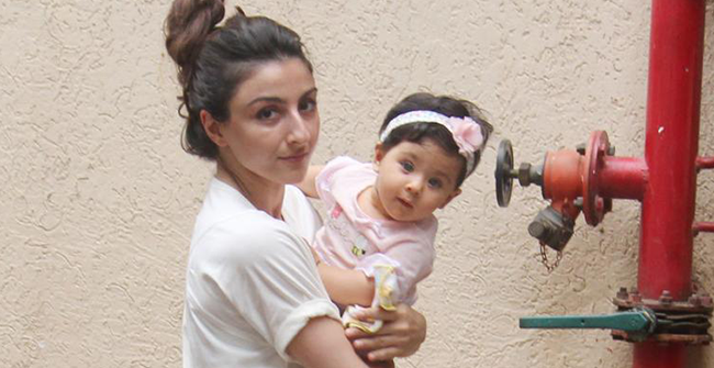 Revealed: Soha Ali Khan's daughter Inaaya is fond of cosmetics and the actress is loving it