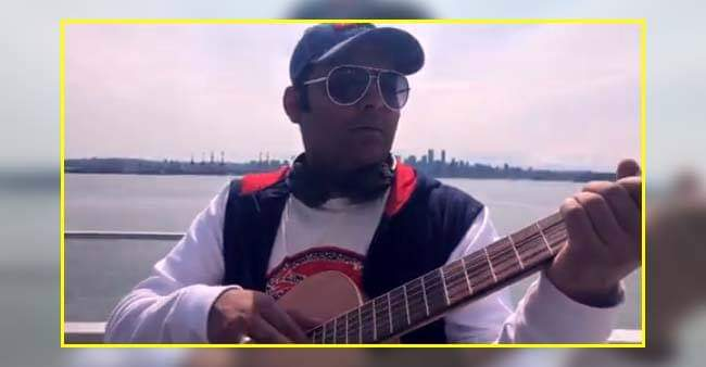 Kapil Sharma just shared a video of him playing guitar and we're his biggest fans