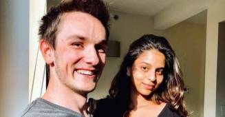 Suhana Khan is all smiles as she poses alongside a friend from New York, see pic