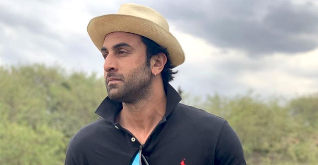 Alia Bhatt wishes beau Ranbir Kapoor on his birthday with a picture from their African adventure