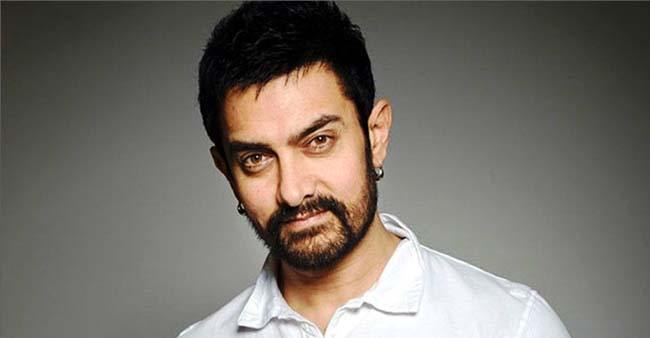 Aamir Khan gives a shout out to 'The Sky is Pink' on Twitter; says he can't wait to see the film