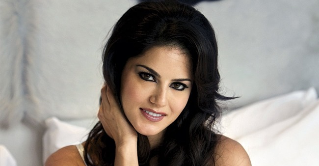 In Pictures: Sunny Leone's latest pic in yellow gown is going crazy viral on the internet