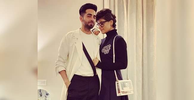 Ayushmann Khurrana poses with his 'Dream Girl' Tahira Kashyap and fans cannot contain their excitement