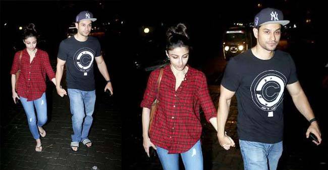 Soha Ali Khan Spots Out Of The Restaurant Holding Hand Of Husband