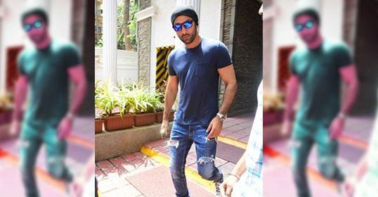 Karisma Kapoor, Soha, Kunal Kemmu attended the Diwali Party of Saif Ali Khan & Kareena