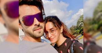 Couple Goals: Dipika Kakar Ibrahim poses with her hubby Shoaib for a sunkissed selfie