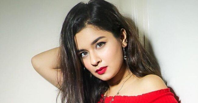 Chandra Nandini fame Avneet Kaur is a fashion diva and her pics justifies it completely