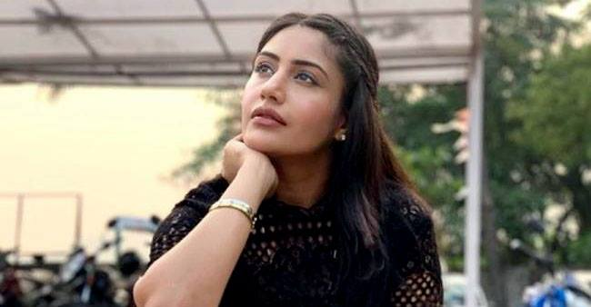 Surbhi Chandna shares her journey from TMKOC to Sanjivani; Writes 'Not been an easy one'