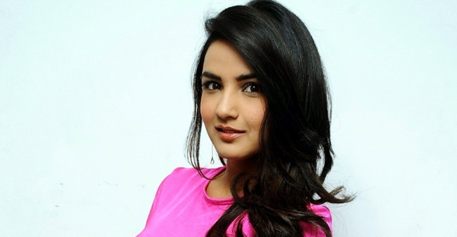 Naagin 4 fame Jasmin Bhasin talks about show; Says 'Supernatural shows has huge audience'