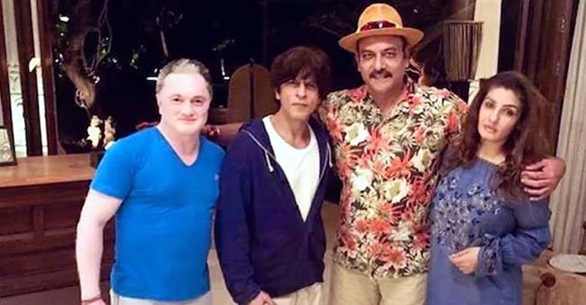 Ravi Shastri shares 'just chilling' pic with SRK and Raveena; Cricketer Vaughan comments