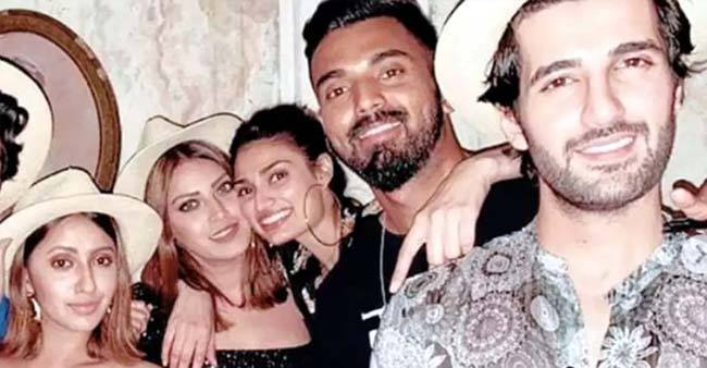 KL Rahul and Athiya Shetty rings in New Year vacay in Thailand with BFFs; See Pics