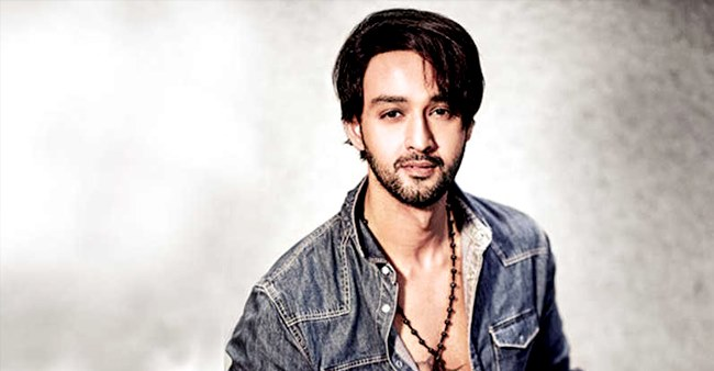 Patiala Babes' fame Sourabh Raaj turns 'dietician' as he cooks healthy recipes on sets