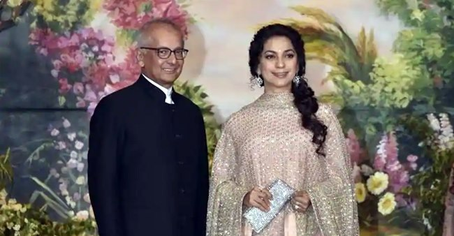 Jay sent a truckload of red roses to wish me on B'day, says wifey Juhi Chawla