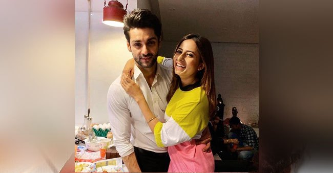 Once upon a time, Sargun Mehta created an account with different name to become Karan Wahi's friend