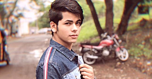 Aladdin Star Siddharth Nigam Loves To Spread Pleasure & Joy During Quarantine Time