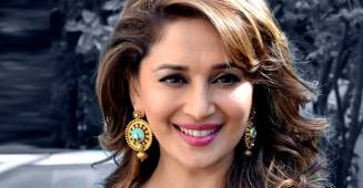 Dhak dhak girl Madhuri Dixit to give free dancing lessons to her fans amid lockdown
