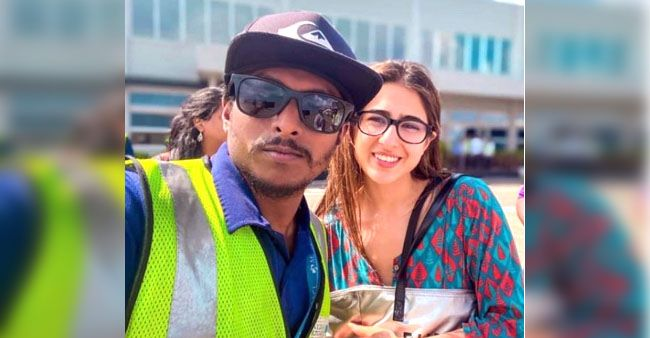 Sara Ali Khan looks cute as a button as she poses with a fan in this throwback pic