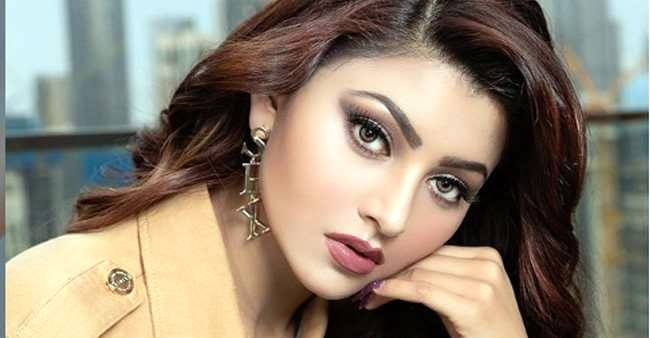 Urvashi Rautela pens down a special note for fans as she crosses 25 million followers on Instagram
