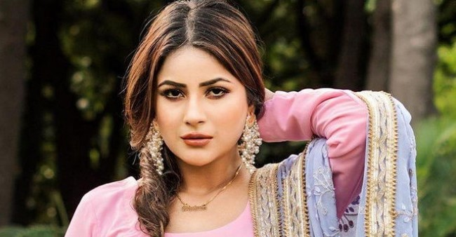 Shehnaaz Gill talks about losing the chance of winning BB, says 'I shouldn't have signed the other show'