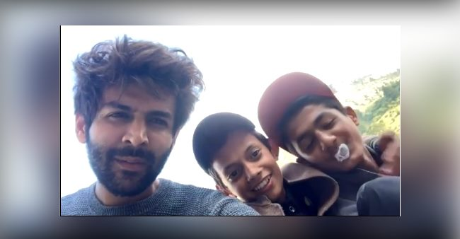 Kartik Aaryan shares a funny throwback video with two kids, captions 'haste haste kat jayein raste'