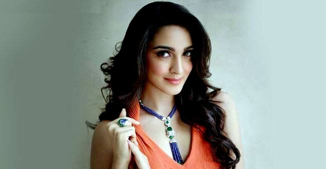 Kiara Advani misses work amid the lockdown, says 'I'm praying that we can go back to the sets'