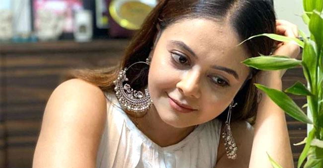 Devoleena Bhattacharjee is not happy being homebound, says 'it's not going to be easy'