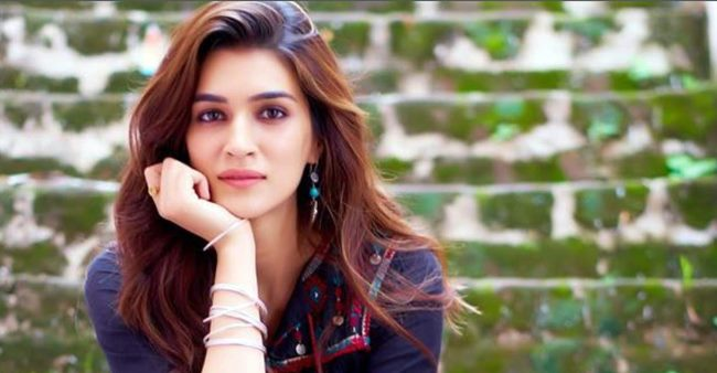 Kriti Sanon talks about gaining weight for Mimi, says 'I had to force myself to eat a lot for this role'