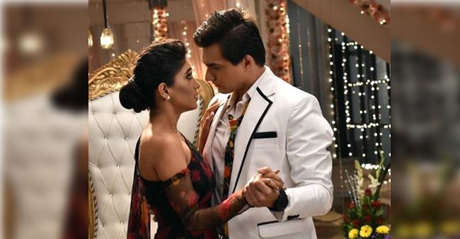 Shivangi Joshi and Mohsin Khan look flawless in this throwback pic from YRKKH