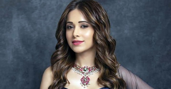 Actress Nushrat Bharucha may get married soon as mommy Tasneem wants her to settle now